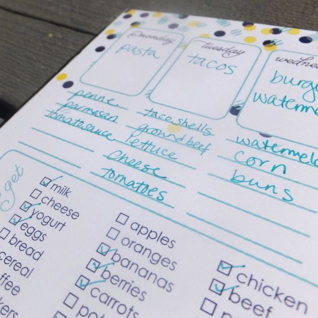 plan your meals for the week with this note pad from fresh paper studios